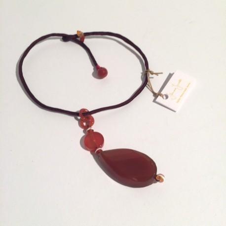 Bordeaux silk necklace with carnelian stone