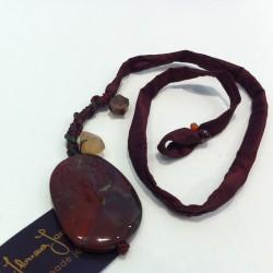 Floriana Iacovelli - Bordeauxrotes Seidenhalsband mit Quartz, Jaspis, Karneol